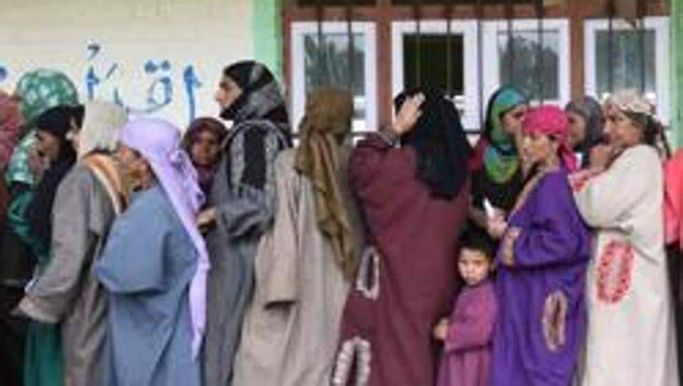 Campaigning came to an end on Saturday in Ladakh Lok Sabha constituency and Pulwama and Shopian districts of Anantnag seat in Jammu and Kashmir.(Photo by Waseem Andrabi / Hindustan Times)