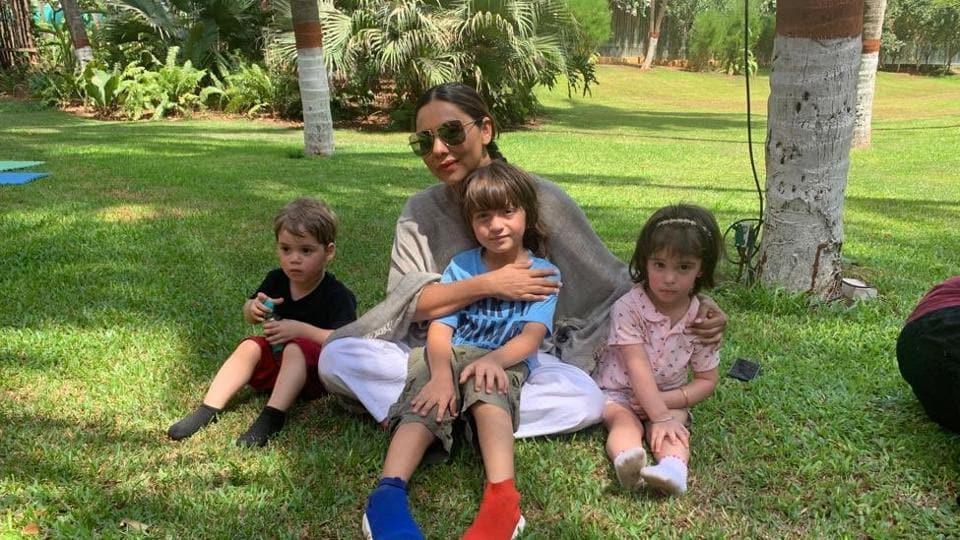 Gauri Khan with son AbRam, Karan Johar's son Yash (left) and his daughter Roohi (right).