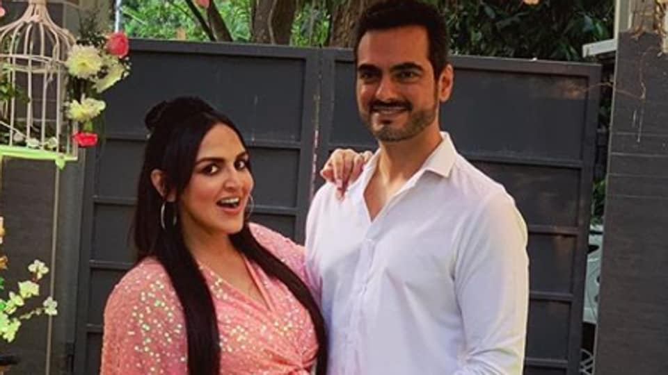 Esha Deol shares pics from her baby shower part 2, takes us