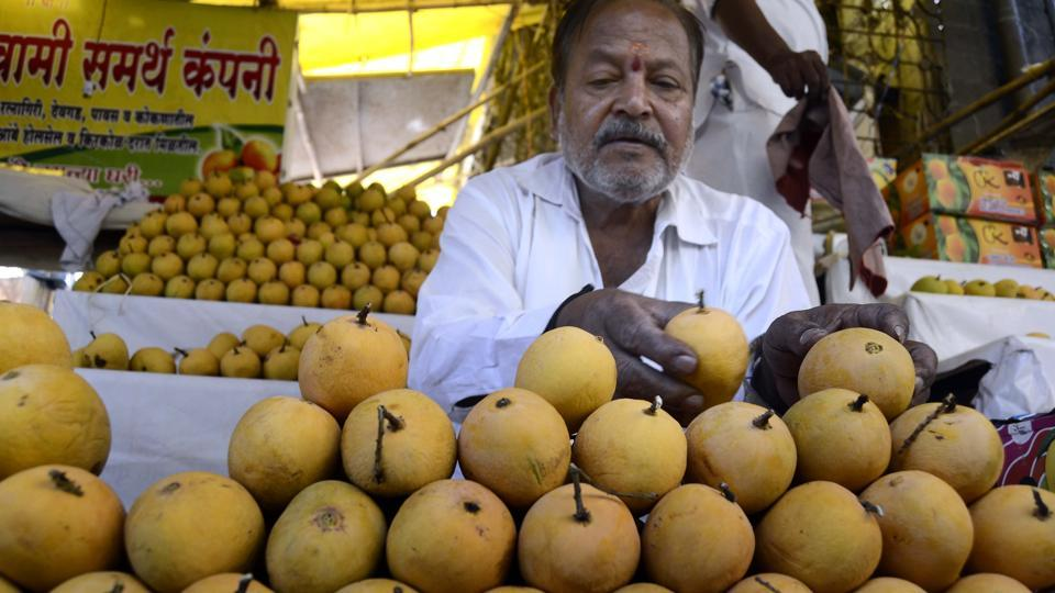 Market Watch: Mango supply drops in Pune ahead of Akshaya Tritiya
