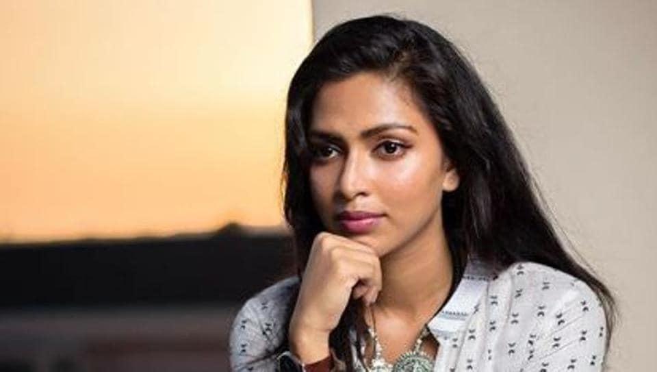 Amala Paul will star in Mani Ratnam's period drama based Tamil classic Ponniyin Selvan.