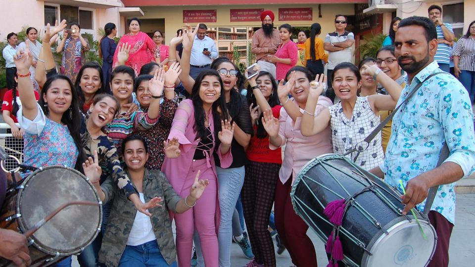 CBSE 10th Result 2019:  Students of DAV International school in a jubilant mood after the CBSE Class 10 results were declared in Amritsar on Monday.