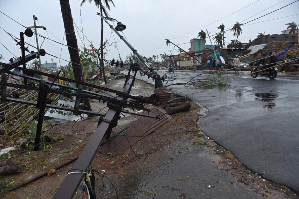 Odisha CMNaveen Patnaik has to install as many as 1.56 lakh electric poles. Mobile connectivity in Puri and adjoining districts have entirely collapsed