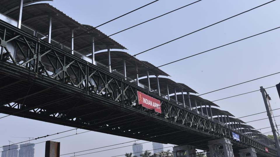 Following IIT-Bombay's (IIT-B) audit report on the bridges in the city,  Central Railway (CR)and Brihanmumbai Municipal Corporation (BMC) have decided to start implementing the report's recommendations from next week.