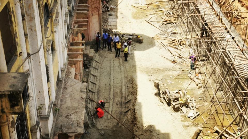 An antique monumental boat seen unearthed during the ongoing excavation work being carried out by Uttar Pradesh Rajkiya Nirman Nigam at Chattar Manzil, in Lucknow. The 220-year-old Chhatar Manzil served as the palace for the 'Begums' of Nawabs in the Uttar Pradesh state capital. (Deepak Gupta / HT Photo)