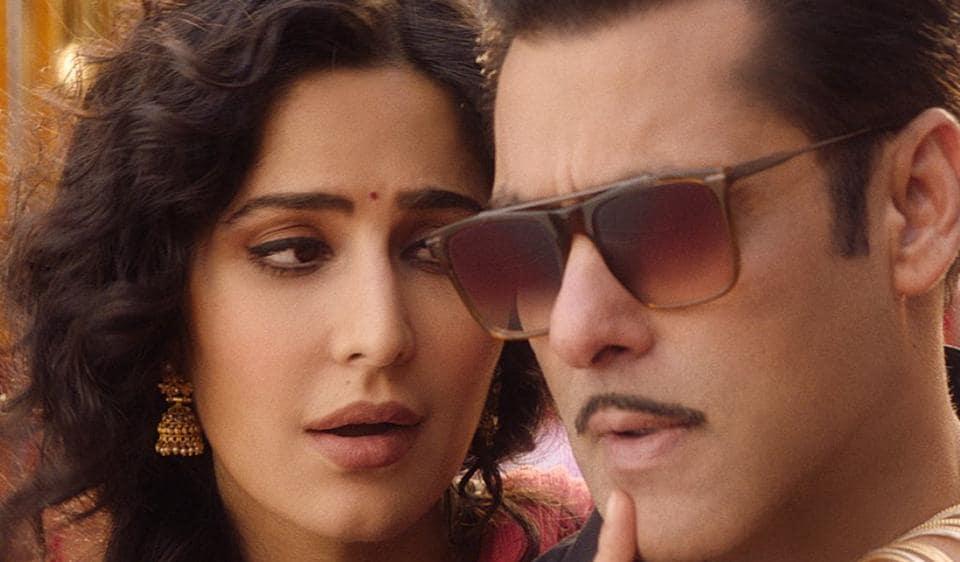 Bharat song Aithey Aa features Salman Khan and Katrina Kaif.