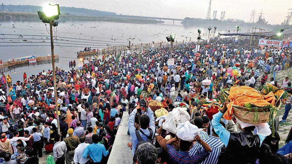 People celebrate Chhath, the most popular festival of the Purvanchali community. The Purvanchalis are migrants from eastern Uttar Pradesh and Bihar.