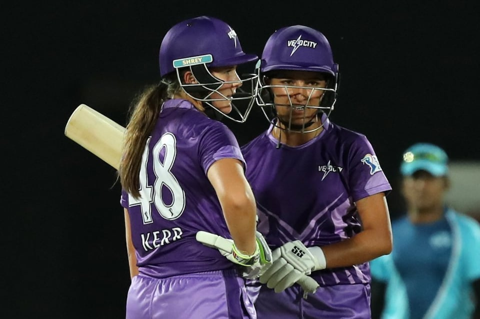 Amelia Kerr and Sushma Verma strung a partnership of 71 runs and helped Velocity post 121/6 in 20 overs (Twitter)