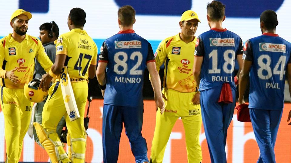 Chennai Super Kings captain Mahendra Singh Dhoni shakes hands with Delhi Capitals players after defeating them in Qualifier 2. (AFP)