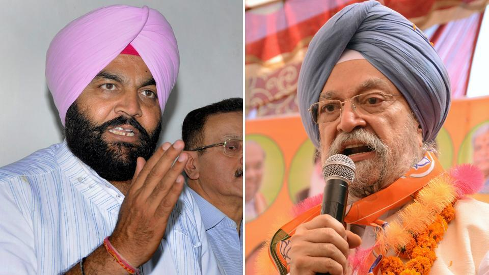 Gurjeet Aujla (left) of the Congress is pitted against  Hardeep Puri of the BJP in the Amritsar Lok Sabha seat.