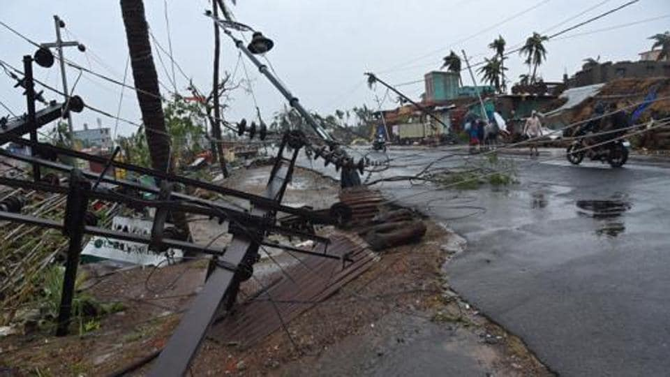 Cyclone Fani knocked down almost all the VHF antennae at all police stations in Puri except the one in Town police station that miraculously survived the 250 kmph winds.