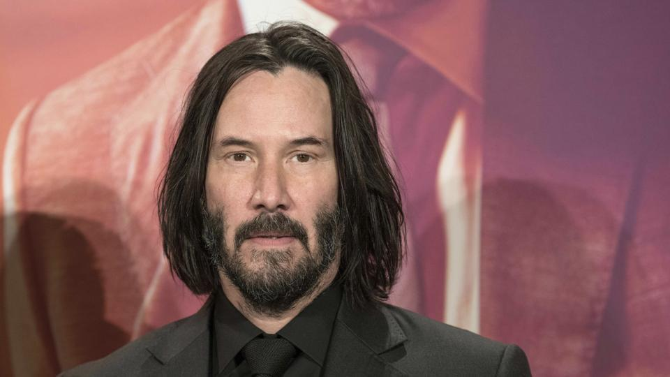 Keanu Reeves' profound take on life and death leaves internet speechless.  'He could easily pick up Mjolnir,' say fans | Hollywood - Hindustan Times