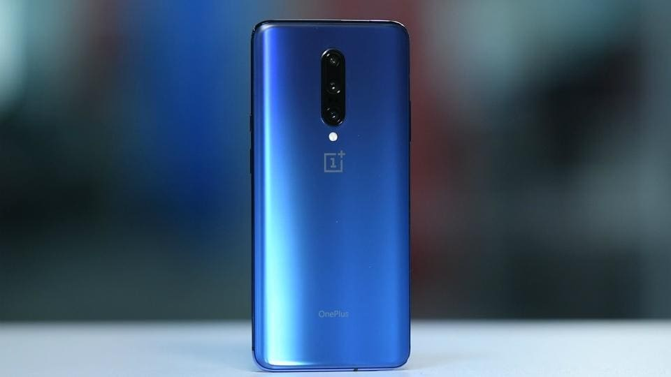 OnePlus 7 Pro in 'Nebula Blue' colour.