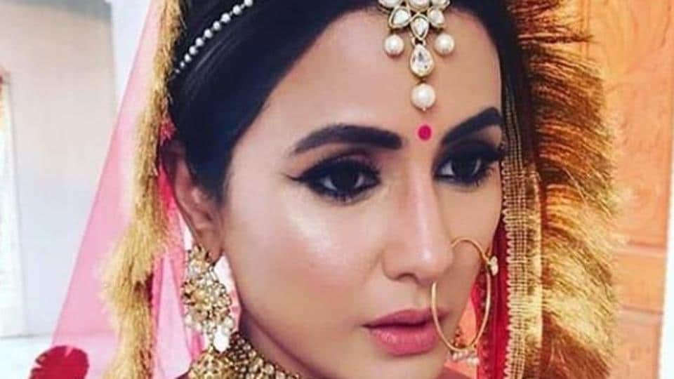 Hina Khan in a picture from the sets of her music video, Raanjhana.