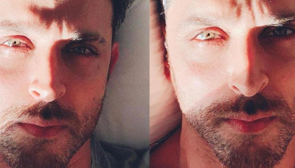 Hrithik Roshan shares a selfie, Karan Johar can't stop gushing about