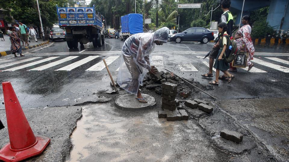 Mumbai,BMC,roads scam
