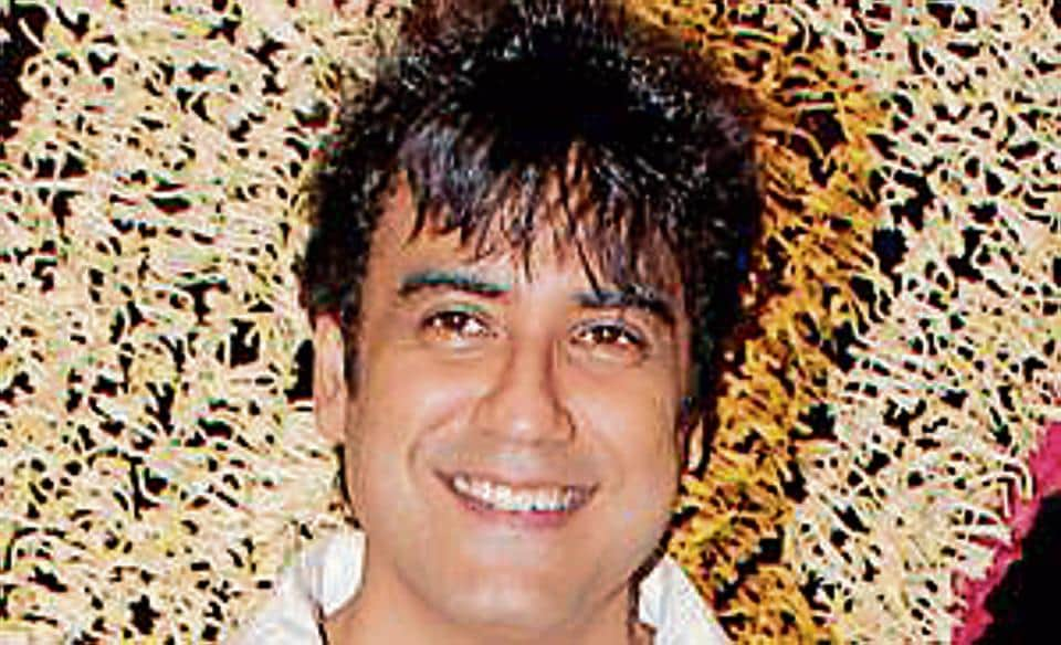 Karan Oberoi said he met the 34-year-old woman fashion designer-healer on a dating application in August 2016.