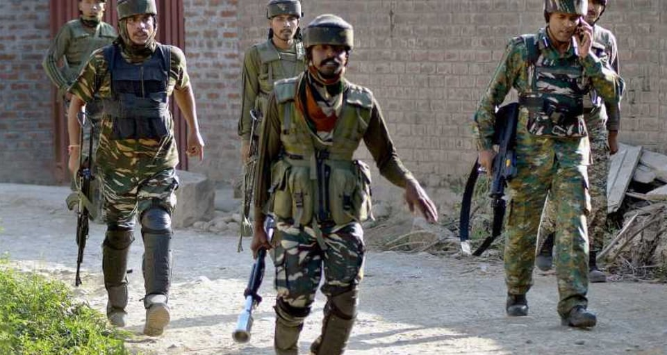 Amid massive clashes near the gunfight site and adjoining areas, authorities have imposed curfew in Pulwama town and suspended mobile Internet services.