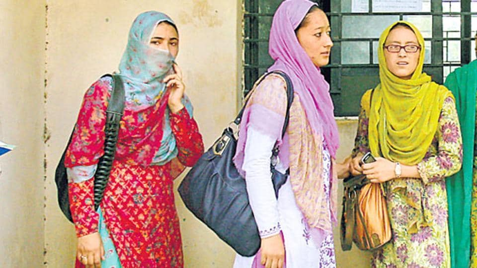 The Indian Union Muslim League (IUML), a constituent of the Congress-led United Democratic Front, on Wednesday asked the Muslim Educational Society (MES) to withdraw its circular banning face-covering veils (hijaab) on its campuses.
