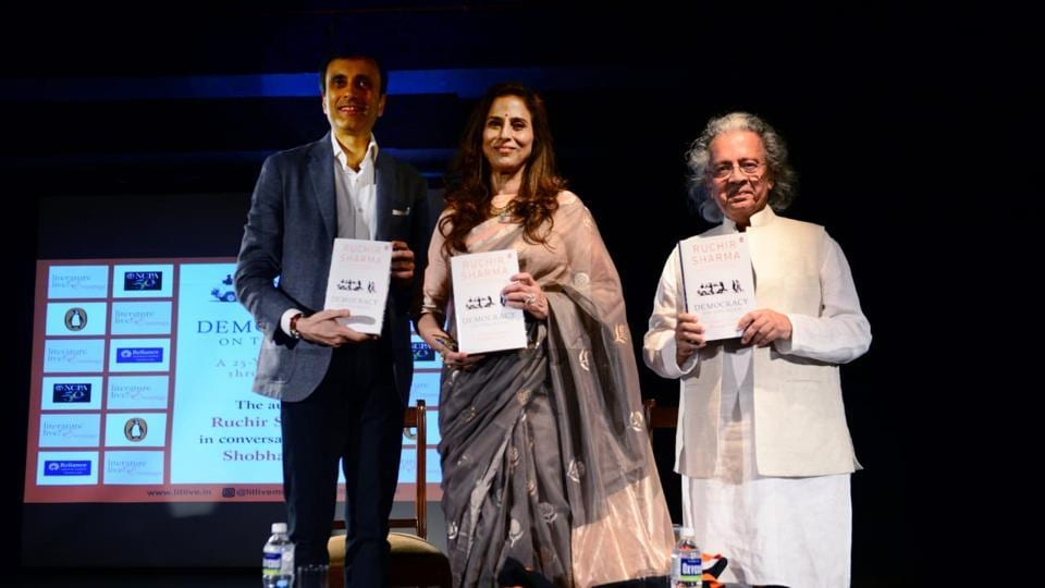 (L to R) Ruchir Sharma, Shobhaa De and Anil Dharker at the NCPA on Wednesday