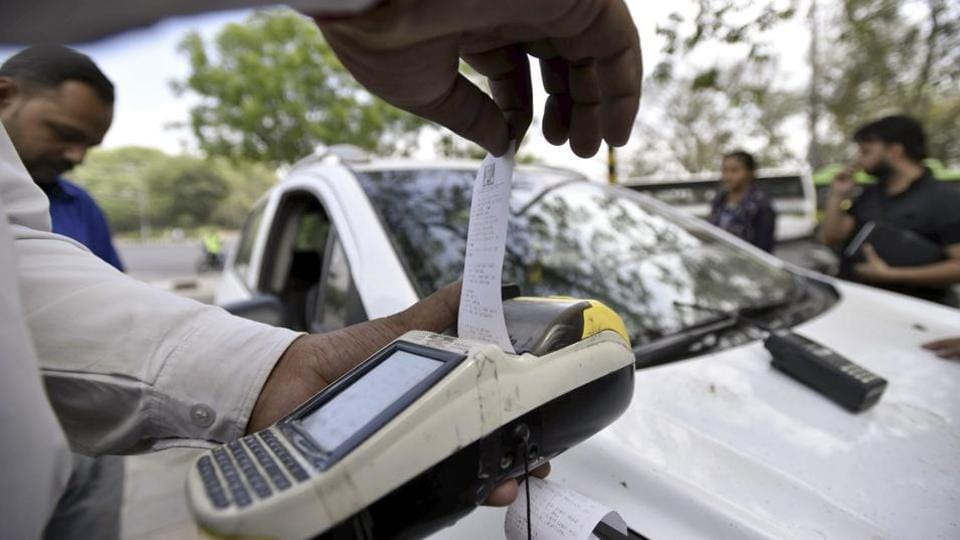 With Pune district going online, eight Maharashtra police centres were distributed 52 e-challan machines.