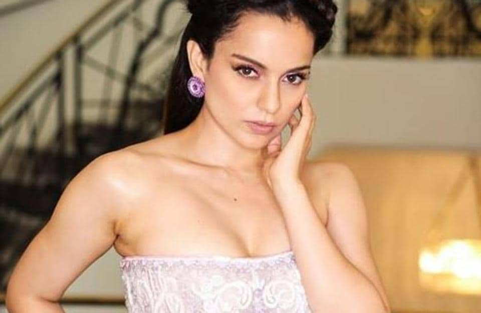 Kangana opted for a stunning soft and feminine gown by Filipino fashion designer Micheal Cinco.