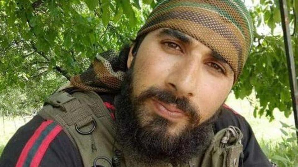Militant who killed army jawan Aurangzeb gunned down in Pulwama encounter