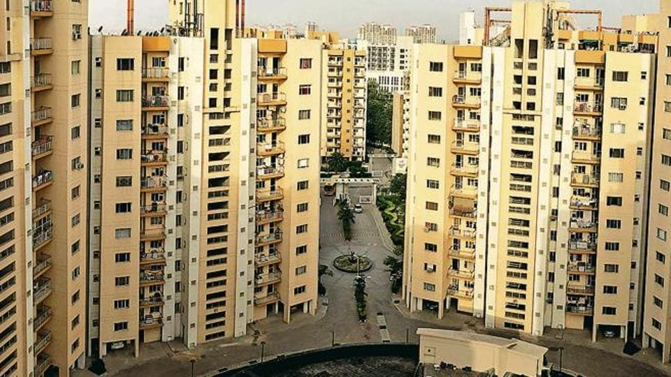 Although Aster Court in Sector 85 is a developing condo, the value for money and the excellent security system make up for the lack of certain facilities