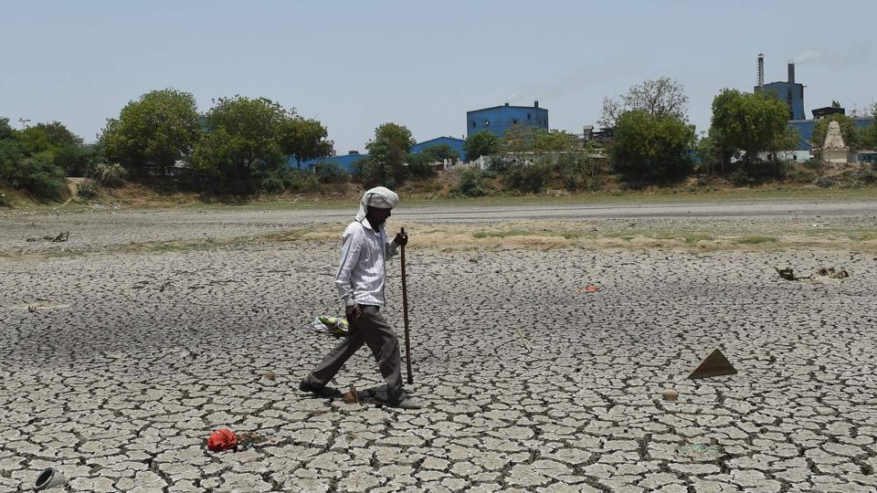 Hit with water crisis, village in Gujarat forced to drink polluted