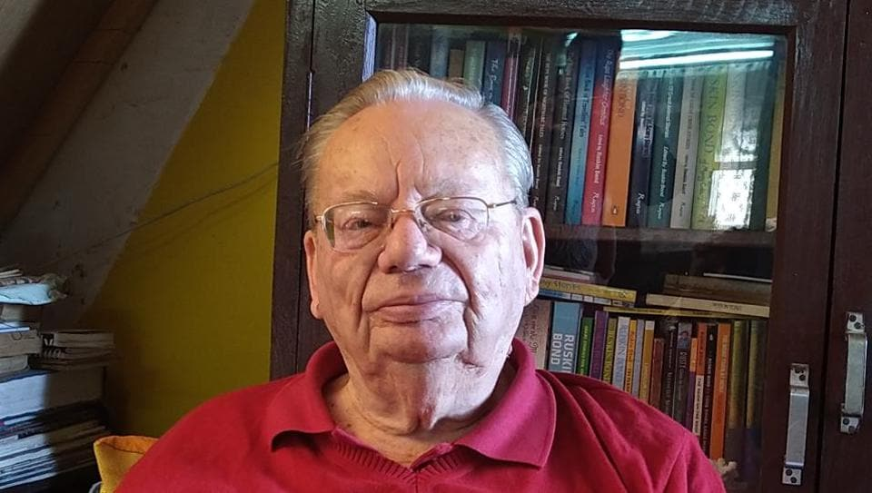 Celebrated author Ruskin Bond spent his 85th birthday among tourists and fans visiting his residence near Mullingar in Landour Cantonment board, Mussoorie on Sunday.