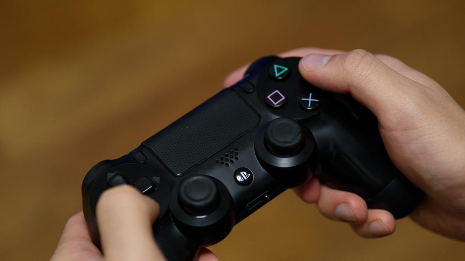 Sony PlayStation,PlayStation,Microsoft