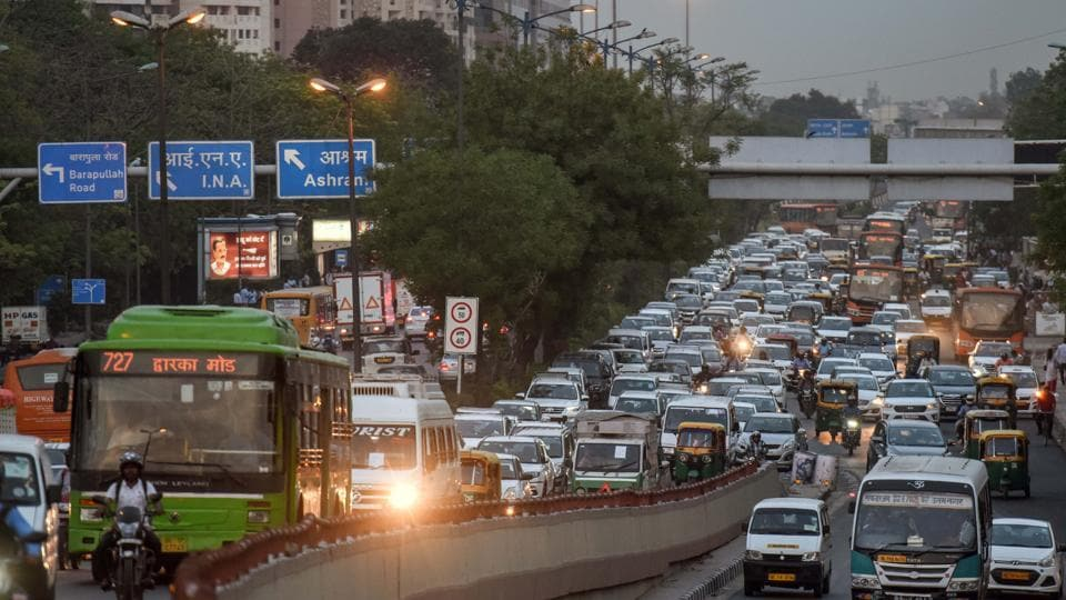 A view of slow-moving traffic moving towards Moti Bagh, near AIIMS, in New Delhi.
