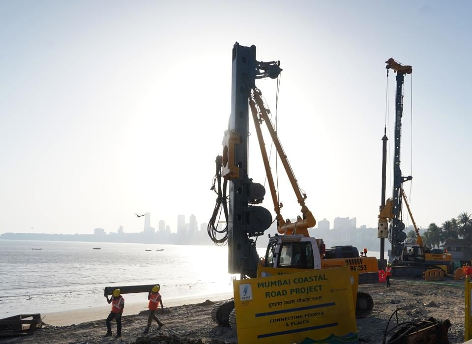 The ₹14,000-crore coastal road project is being built by the BMC.