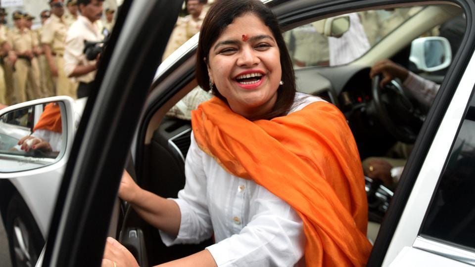 Poonam Mahajan, the Bharatiya Janata Party's (BJP) sitting MP for Mumbai's North Central constituency, defeated Congress candidate Priya Dutt by a margin of 1,30,005 votes.