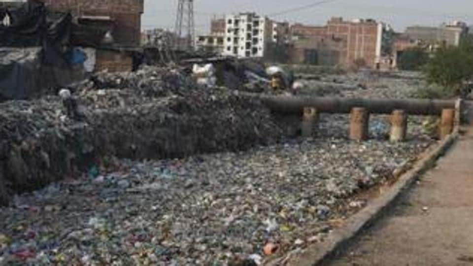 That though 22 states have imposed complete ban on use of plastic carry bags but due to lack of proper regulation, plastic products are indiscriminately stocked, sold and used in majority of cities/towns across the country.
