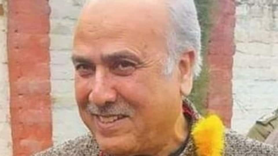Addressing NC workers in Anantnag town Newly-elected MP Justice (Retired) Hasnain Masoodi of the National Conference (NC)demanded  immediate release of the youths without any blemish on their career so that they can rejoin the educational institutions
