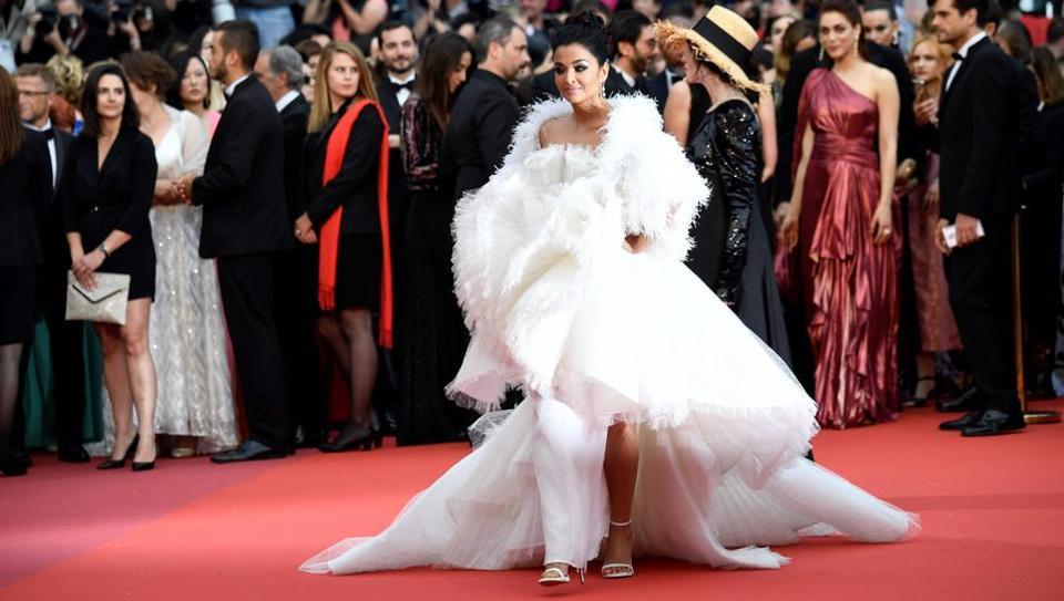 Aishwarya Rai Bachchan,Ashi Studio,couture