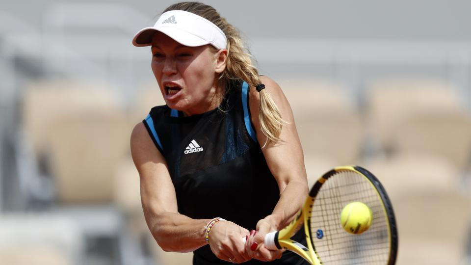 french open caroline wozniacki dumped out in roland garros first round tennis hindustan times. Black Bedroom Furniture Sets. Home Design Ideas