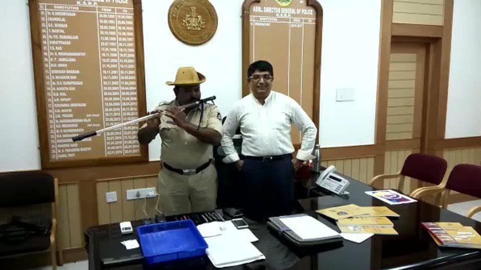 viral video,Chandrakant Hutgi,flute