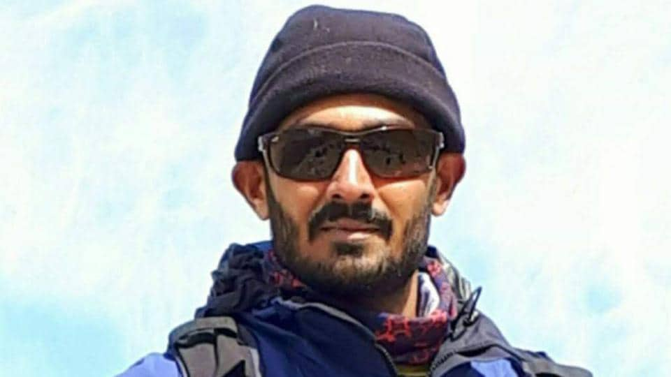 Nihal Ashpak Bagwan (27), a student of physical education at Bharati Vidyapeeth, Katraj, in Pune, died of exhaustion while descending from Mount Everest on May 24, according to Nepali officials.