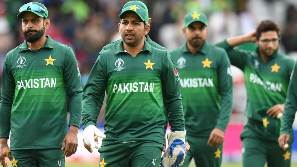 Pakistan's cricketers leave the field at end of play during the 2019 Cricket World Cup group stage match.