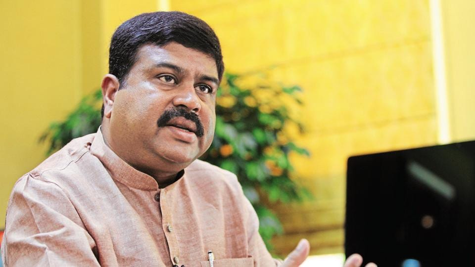 Pradhan played a key role in the Pradhan Mantri Ujjwala Yojana ,a scheme of distribution of gas cylinders to women who are below the poverty line, and living in rural areas.
