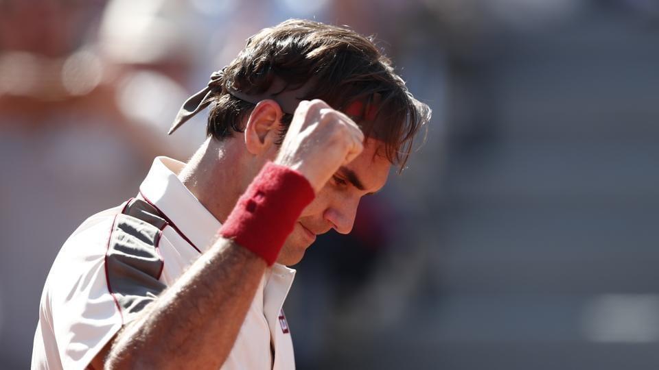Switzerland's Roger Federer gestures after his third round match against Norway's Casper Ruud