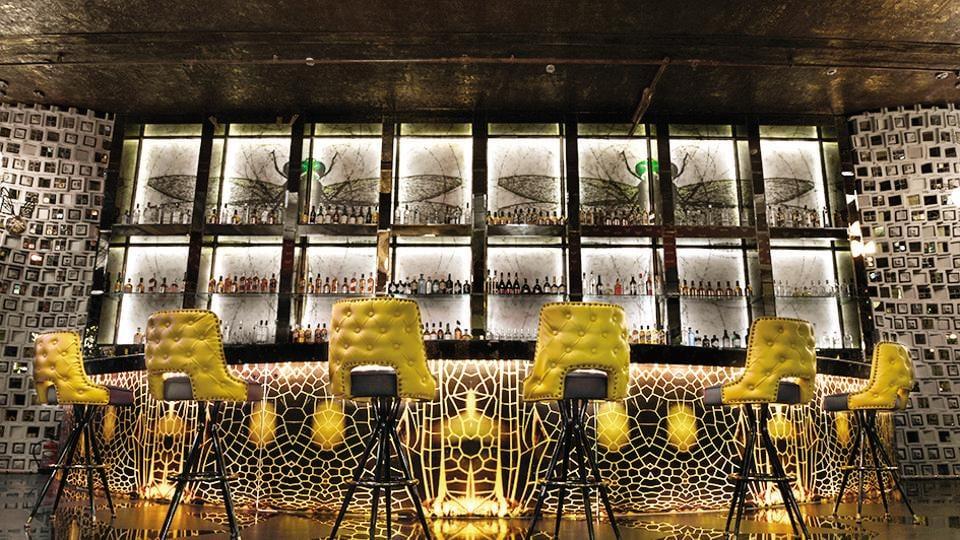 India,bar boom,Bartenders