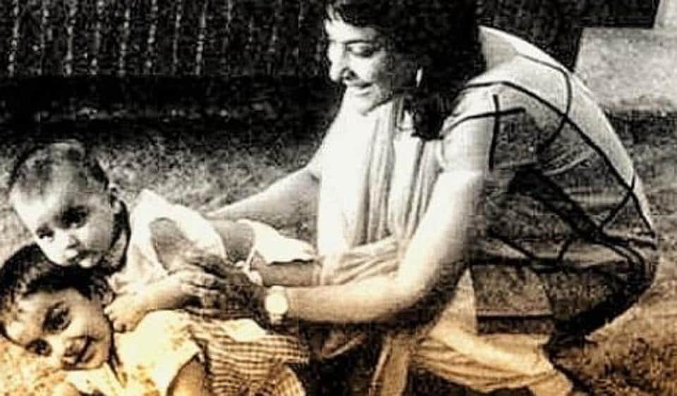 Sanjay Dutt,Nargis Dutt,Nargis