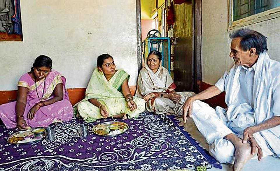 Not one to lose hope, Vaishali Yede (centre)says she is willing to contest the upcoming Assembly polls if given the chance.