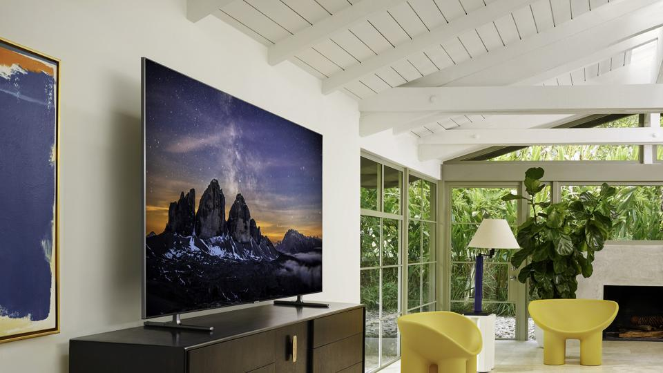 Samsung brings its QLED 8K TVs to India, prices start at Rs