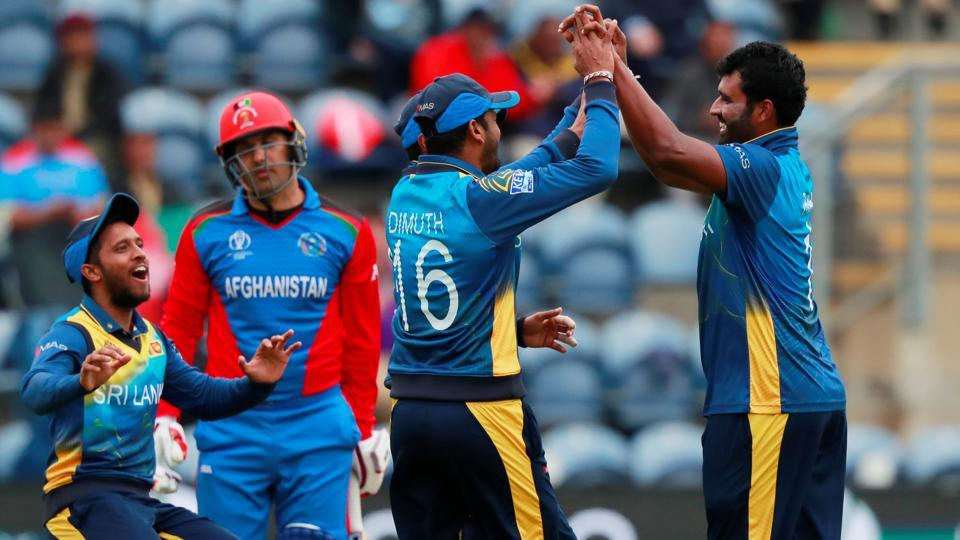 Sri Lanka's Kusal Perera celebrates the wicket of Afghanistan's Mohammad Nabi with team mates. (Action Images via Reuters)