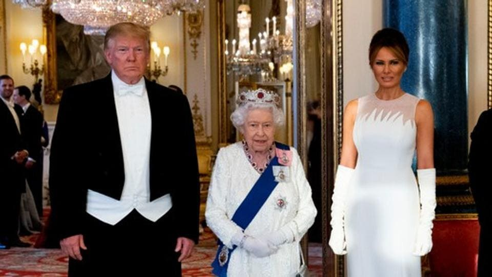 The incident happened as the Queen was showing the President and his wife around an exhibition at the palace picture gallery of American artefacts on Monday.