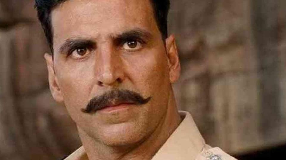 Akshay Kumar played a cop in Rowdy Rathore.